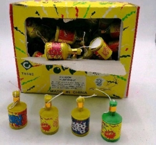 PARTY POPPERS 72s